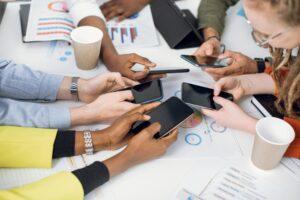 FLN unico partner italiano della ricerca sui freelance nel mondo